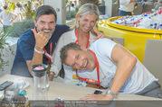 Beachvolleyball - Donauinsel - Sa 05.08.2017 - Hubert Hupo NEUPER mit Ehefrau Claudia Hubert Hupo und Claudia N27