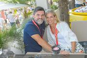 Beachvolleyball - Donauinsel - Sa 05.08.2017 - Hubert Hupo NEUPER mit Ehefrau Claudia31
