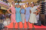 Geburtstagsfest Tag 2 - PlusCity Linz - Fr 01.09.2017 - Silvia SCHNEIDER mit Models (u.a. Dragana STANKOVIC, Celine SCHR72