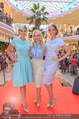 Geburtstagsfest Tag 2 - PlusCity Linz - Fr 01.09.2017 - Silvia SCHNEIDER mit Models (u.a. Dragana STANKOVIC, Celine SCHR75