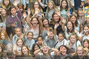 Geburtstagsfest Tag 3 - PlusCity Linz - Sa 02.09.2017 - Kreischende M�dels, Fans36