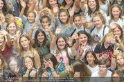 Geburtstagsfest Tag 3 - PlusCity Linz - Sa 02.09.2017 - Kreischende M�dels, Fans37