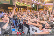 Geburtstagsfest Tag 3 - PlusCity Linz - Sa 02.09.2017 - Daniele NEGRONI mit Fans120