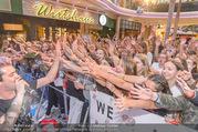 Geburtstagsfest Tag 3 - PlusCity Linz - Sa 02.09.2017 - Daniele NEGRONI mit Fans121