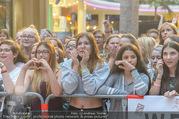 Geburtstagsfest Tag 3 - PlusCity Linz - Sa 02.09.2017 - Fans, kreischende M�dels, hysterisch, Teenager, Boyband151