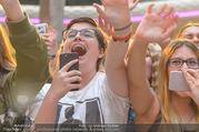 Geburtstagsfest Tag 3 - PlusCity Linz - Sa 02.09.2017 - Fans, kreischende M�dels, hysterisch, Teenager, Boyband169
