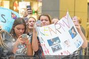 Geburtstagsfest Tag 3 - PlusCity Linz - Sa 02.09.2017 - Fans, kreischende M�dels, hysterisch, Teenager, Boyband173