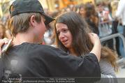 Geburtstagsfest Tag 3 - PlusCity Linz - Sa 02.09.2017 - Mike SINGER macht Selfies mit weinenden Fans255