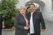 Jungwzinzerinnen Kalenderpräsentation - Feuerwehr Wagner Heuriger - Di 05.09.2017 - Tony VEGAS mit Mutter (Hilde?)18