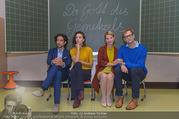 Presseshooting Der Gott des Gemetzels - Stilklassen Volksschule Berndorf - Mo 11.09.2017 - Kristina SPRENGER, Stefano BERNARDIN, Alexander JAGSCH, Maddalen2