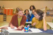 Presseshooting Der Gott des Gemetzels - Stilklassen Volksschule Berndorf - Mo 11.09.2017 - Kristina SPRENGER, Stefano BERNARDIN, Alexander JAGSCH, Maddalen15