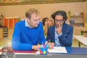 Presseshooting Der Gott des Gemetzels - Stilklassen Volksschule Berndorf - Mo 11.09.2017 - Stefano BERNARDIN, Alexander JAGSCH23