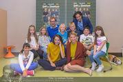 Presseshooting Der Gott des Gemetzels - Stilklassen Volksschule Berndorf - Mo 11.09.2017 - Kristina SPRENGER, Stefano BERNARDIN, Alexander JAGSCH, Maddalen26