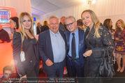 Anelia Peschev Show - Fashion Week Zelt - Di 12.09.2017 - Wolfgang FELLNER mit Begleitung, Christian und Ekaterina MUCHA18