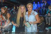Anelia Peschev Show - Fashion Week Zelt - Di 12.09.2017 - Anna NETREBKO, Evelyn RILLE29