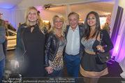 Anelia Peschev Show - Fashion Week Zelt - Di 12.09.2017 - Richard LUGNER mit Begleitungen (u.a. K�fer und Bambi)40
