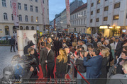 Premiere I am from Austria - Raimund Theater - Sa 16.09.2017 - Red Carpet39