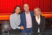 Premiere I am from Austria - Raimund Theater - Sa 16.09.2017 - Sonja KATO und Andreas Mailath POKORNY, Dagmar KOLLER61