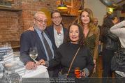 Adele Neuhauser Buchpräsentation - Club Schwarzberg - Di 19.09.2017 - Christian BRANDST�TTER mit Ehefrau Jeanne, Sohn Niki, Nicole Po28