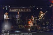 Adele Neuhauser Buchpräsentation - Club Schwarzberg - Di 19.09.2017 - Julian Adam PAJZS (Band Edi NULZ)55