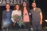 Adele Neuhauser Buchpräsentation - Club Schwarzberg - Di 19.09.2017 - Adele NEUHAUSER mit Edi Nulz Band und Sohn Julian Adam PAJZS73