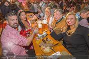 Lugner auf der Wiesn - Wiener Wiesn - Do 21.09.2017 - Richard LUGNER, Nina Bambi BRUCKNER mit Senad, Dany, Sonja K�fe11