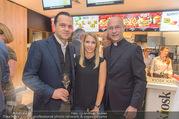 Eröffnung - McDonalds - Mo 25.09.2017 - Robert GLOCK mit Ehefrau Stefanie, Toni FABER9
