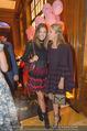 10 Jahre Madonna - Park Hyatt - Mo 25.09.2017 - Victoria SWAROVSKI mit Schwester Paulina77
