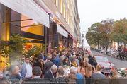 Restaurant Opening - Meissl & Schadn Grand Ferdinand - Mi 27.09.2017 - G�ste vor dem Hotel31