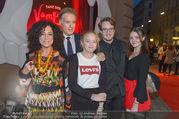 Tanz der Vampire - Ronacher - Sa 30.09.2017 - Barbara WUSSOW, Albert FORTELL mit Kindern Johanna und Nikolaus 28