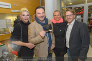 Babylon Berlin Kinopremiere - Urania Kino - Mo 02.10.2017 - Martin LEUTGEB, Cornelia ALBRECHT, Angelika NIEDETZKY, Serge FAL14