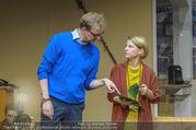 Bühnenfotos Der Gott des Gemetzels - Stadttheater Berndorf - Di 03.10.2017 - 11