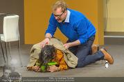 Bühnenfotos Der Gott des Gemetzels - Stadttheater Berndorf - Di 03.10.2017 - 70