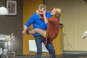Bühnenfotos Der Gott des Gemetzels - Stadttheater Berndorf - Di 03.10.2017 - Kristina SPRENGER, Alexander JAGSCH145