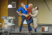 Bühnenfotos Der Gott des Gemetzels - Stadttheater Berndorf - Di 03.10.2017 - Kristina SPRENGER, Alexander JAGSCH, Stefano BERNARDIN146