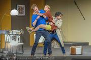 Bühnenfotos Der Gott des Gemetzels - Stadttheater Berndorf - Di 03.10.2017 - Kristina SPRENGER, Alexander JAGSCH, Stefano BERNARDIN148