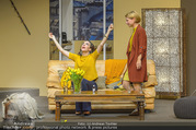 Bühnenfotos Der Gott des Gemetzels - Stadttheater Berndorf - Di 03.10.2017 - Kristina SPRENGER, Maddalena HIRSCHAL167