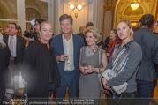 Premierenfeier und Empfang - Französische Botschaft - Mi 04.10.2017 - Agens HUSSLEIN mit Schwiegertochter Anna, Kari HOHENLOHE, Elisab19