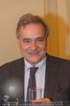 Premierenfeier und Empfang - Französische Botschaft - Mi 04.10.2017 - Fran�ois SAINT PAUL  (Franz�sischer Botschafter, Portrait)25