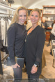 Store Opening - Lagerfeld Store - Do 05.10.2017 - Nina PROLL mit Schwester97