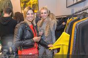 Opening - Furry VIP Showroom - Mi 11.10.2017 - Rafaela WELNER, Andrea EIGNER14