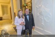 Richard Lugner 85er - Stadtpalais Liechtenstein - Sa 14.10.2017 - Richard LUGNER mit Andrea (vom Badesee)1