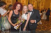 Richard Lugner 85er - Stadtpalais Liechtenstein - Sa 14.10.2017 - Christina LUGNER, Jacqueline LUGNER, Richard LUGNER (Familienfot37
