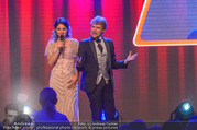 Ronald McDonald Kinderhilfegala - Messe Wien - Fr 20.10.2017 - Thommy TEN, Amelie VAN TASS (The Clairvoyants) (B�hnenfoto)232