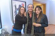 Brigitte Just Ausstellungseröffnung - Raiffeisenbank Stockerau - Di 24.10.2017 - Brigitte JUST, Christian KOLONOVITS, Tochter Lisa57