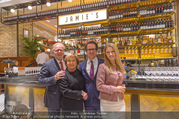 Jamie Oliver Restaurantopening - Jamie´s - Mi 25.10.2017 - Roy ZSIDAI mit Ehefrau Lidia und Vater Peter und Mutter Ilona2