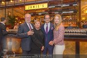 Jamie Oliver Restaurantopening - Jamie´s - Mi 25.10.2017 - Roy ZSIDAI mit Ehefrau Lidia und Vater Peter und Mutter Ilona7