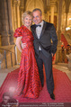 Life goes on Gala - Rathaus - Sa 11.11.2017 - Emese D�RFLER-ANTAL, Hendrik HEY17
