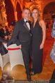 Life goes on Gala - Rathaus - Sa 11.11.2017 - Herbert RIESER mit Ehefrau Jasmine46