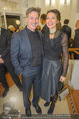 Nestroy Gala 2017 - Ronacher - Mo 13.11.2017 - Tobias MORETTI mit Ehefrau Julia29